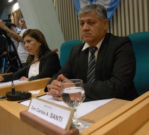 Diputado por el Pueblo de Puerto Deseado, Carlos Alcides Santi