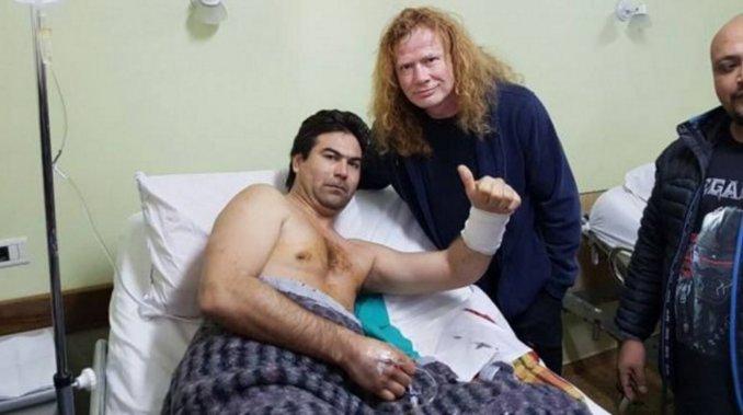 Megadeth-visita-hospital