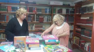 jfr-biblioteca-donacion