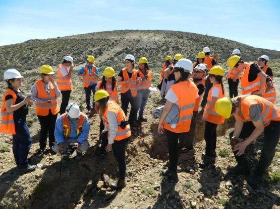 mineria-cerro-moro_estudiantes-geologia